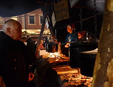 05.-07.12.14 - Weihnachtsmarkt-Stand von CVJM und Jugendwerk